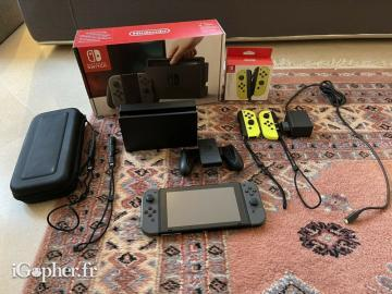 Nintendo Switch Console + 2 Paires Joy-con
