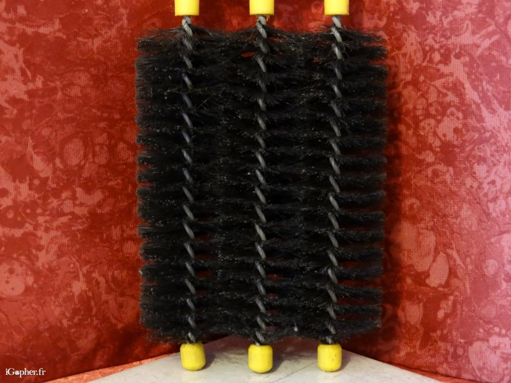 brosse pour radiateur 3 t tes. Black Bedroom Furniture Sets. Home Design Ideas