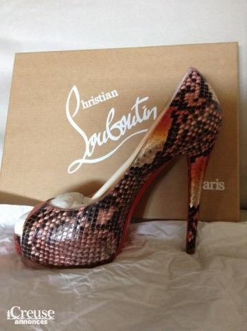Chaussures Christian Louboutin - taille 37 - NEUVES