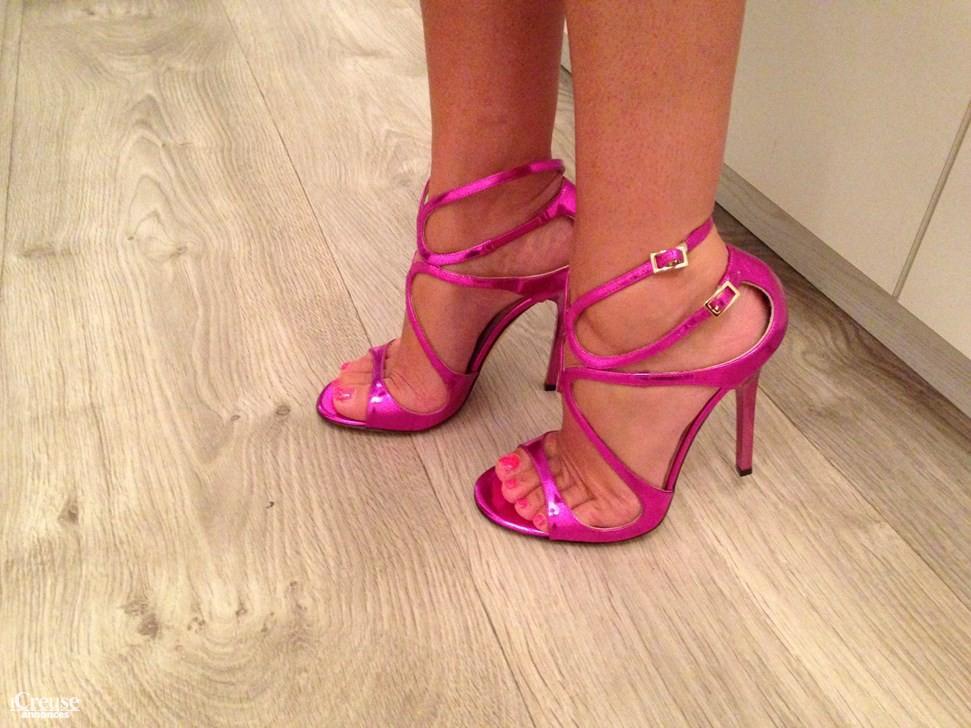 0b8a9d3dbd4 Sandales Jimmy Choo neuves. annonce dans Vêtements   Chaussures annonce  dans Vêtements   Chaussures ...