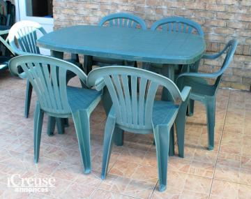 salon de jardin vert grande table et 6 chaises. Black Bedroom Furniture Sets. Home Design Ideas
