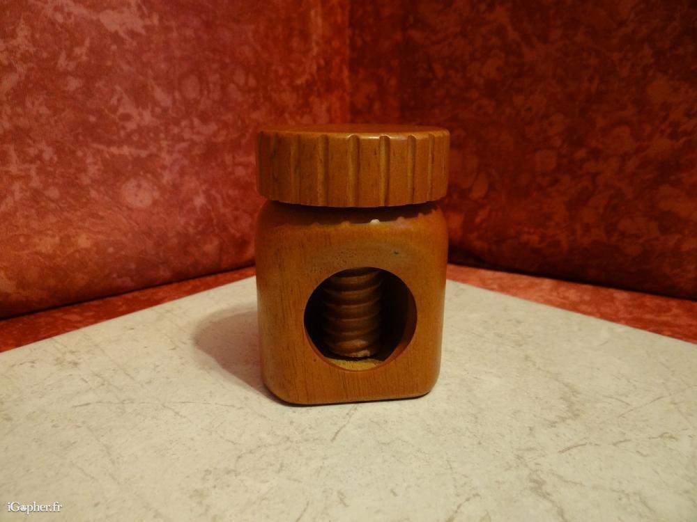 Casse noix en bois pot nutella - Casse noix en bois ...
