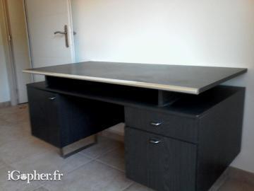 Bureau en bois de bonne qualité igopher