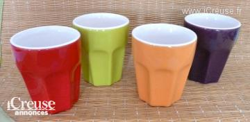 4 tasses à café multicolores - NEUVES