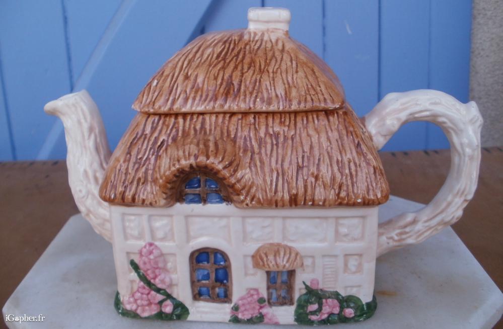 Th i re d corative en forme de maison for Forme de maison