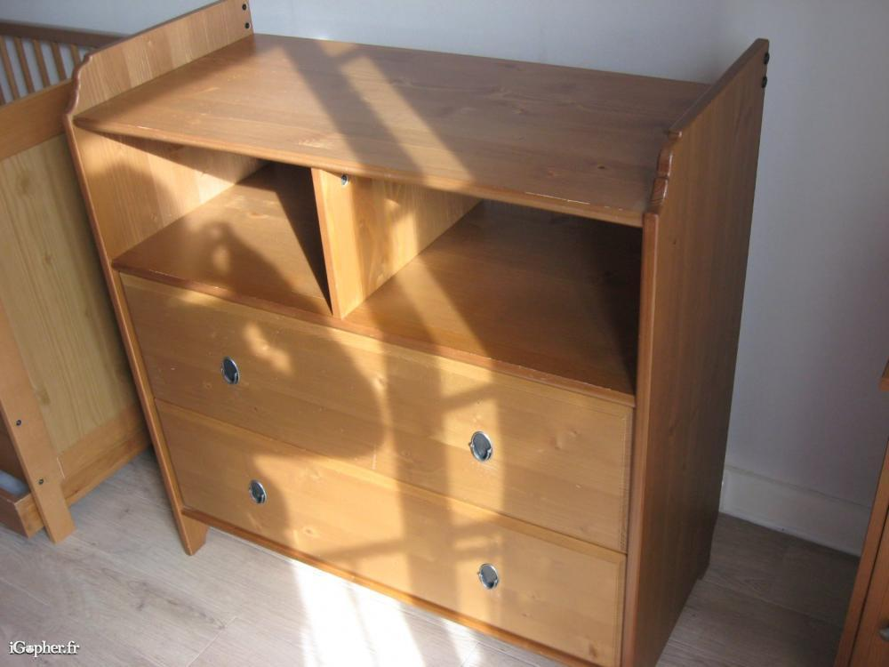 Ikea commode table langer stunning fais de ta commode for Armoire table a langer