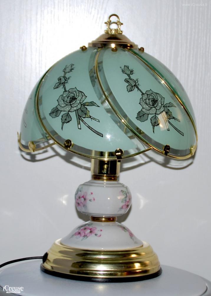 Lampe tactile en porcelaine et verre s 39 allume au toucher - Lampe qui s allume en la touchant ...