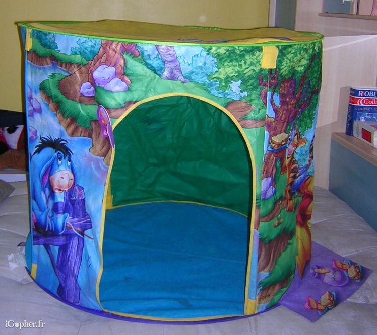 cabane d 39 int rieur pour enfant disney winnie l 39 ourson. Black Bedroom Furniture Sets. Home Design Ideas