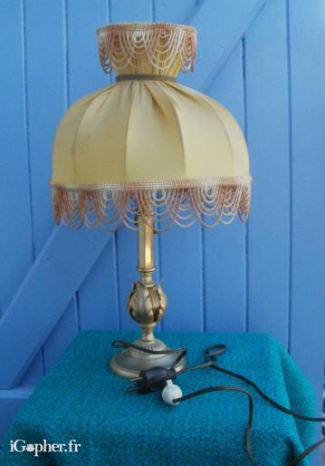 Lampe de salon en bronze