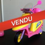 scooter télécommandé sindy barbie - bonne idée cadeaux pour Noël